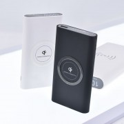 Qi Wireless Charger with 10,000mah Power Bank